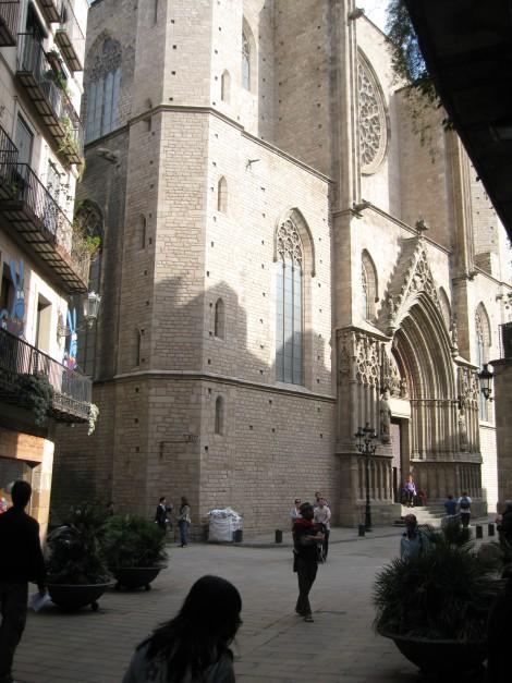 Barcelona – piso junto iglesia Santa Maria del Mar